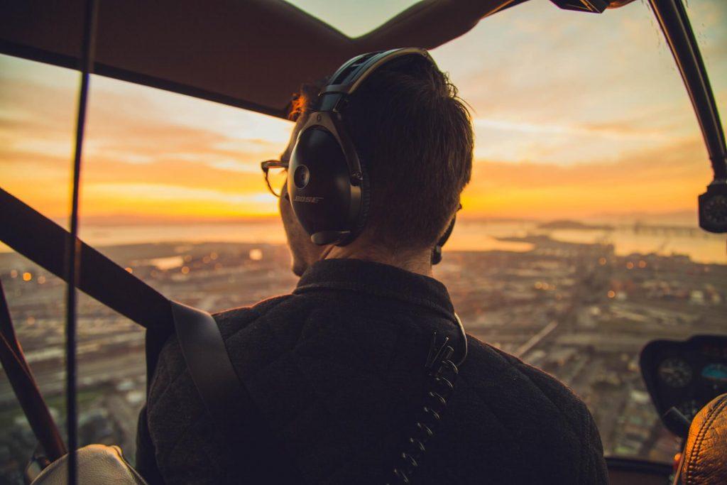 zelf vliegen in helikopter